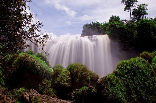 Những ngọn thác hùng vĩ là điểm nhấn tuyệt đẹp của Đà Lạt.