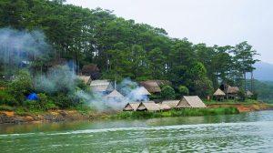 Từ khách sạn Thu Hà, bạn có thể tham quan nhiều điểm đến thú vị và thơ mộng của Đà Lạt.