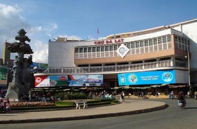 Bạn cần lựa chọn khách sạn có vị trí giao thông thuận lợi.