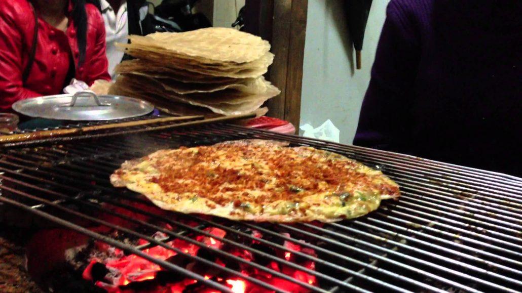 Thưởng thức những món ăn trong tiết trời se lạnh Đà Lạt.