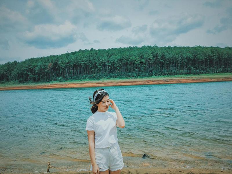 Tham quan hồ Tuyền Lâm