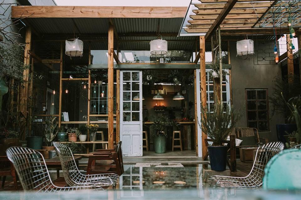Không gian xinh xắn, ấm cúng của Route 66 café