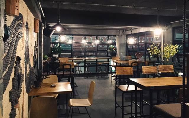 Những quán cà phê là điểm đến lí tưởng cho một buổi tối yên tĩnh lãng mạn