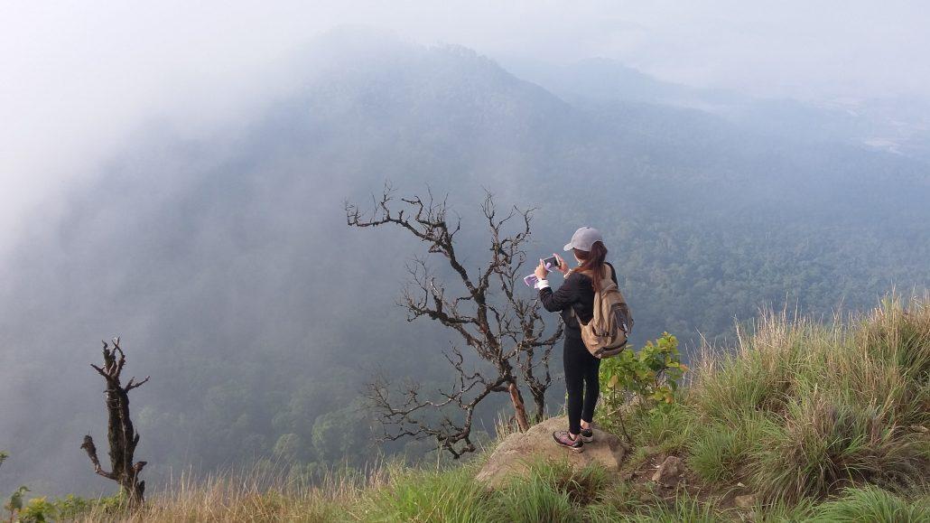 Tìm hiểu câu chuyện tình cảm động núi LangBiang.
