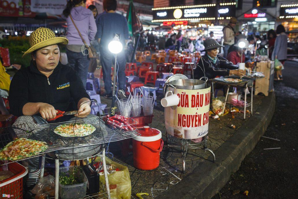 Thiên đường ẩm thực chợ Âm Phủ Đà Lạt