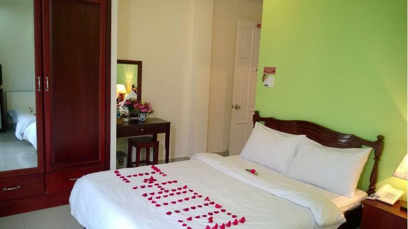 Khách sạn I-Hotel