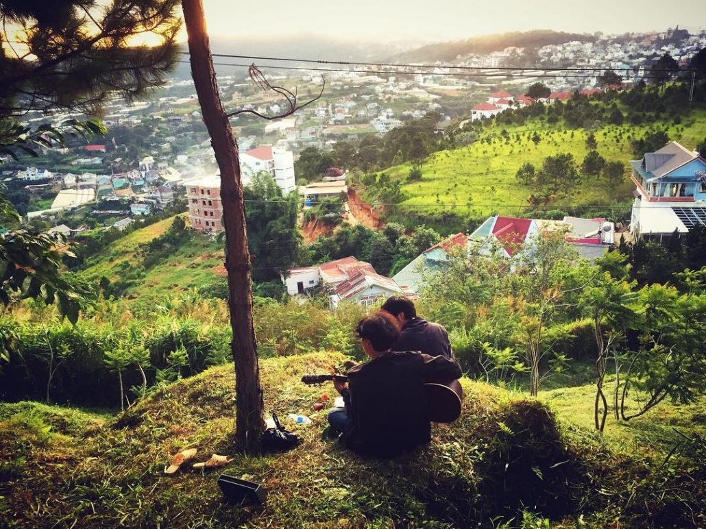 Khung cảnh lãng mạn tại đồi Robin